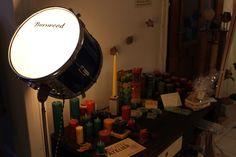 Eine meiner upcycling Lampen im Einsatz als Ladenbeleuchtung.  #upcyling #instrument #light #selfmade
