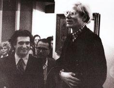 Raffaele Torelli con Andy Warhol. Ferrara, 1974. Party in casa.