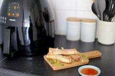 Loempia's uit de Airfryer - Lekker en Simpel Broccoli Casserole, Air Fryer Recipes, Tasty Dishes, Kettle, Tiramisu, A Food, Easy Meals, Kitchen Appliances, Treats