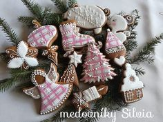 Creative Lettering, Dolce, Cookies, Christmas Ornaments, Holiday Decor, Desserts, Decorations, Recipies, Crack Crackers