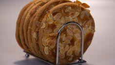 Krokante amandelroomboterkoeken - Rudolph's Bakery | 24Kitchen