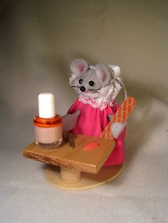 Manicure by atticmouse on Etsy, $13.00