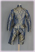 Tudor Kinderrobe of blue and gold silk damask...16th century, this set was made for a small child Prince