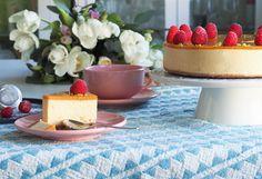 Vegaaninen mangojuustokakku - Kaakao kermavaahdolla Delicious Vegan Recipes, Cheesecakes, Margarita, Vanilla Cake, Sweet Tooth, Mango, Baking, Desserts, Vegan Food