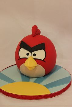 Love the board as much as the cake! Have been hunting for a good Red Angry Bird cake...
