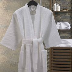 Elegant Collection Cotton Waffle Bath Robe  A self-tie belt keeps the robe secure and the 3/4 length kimono-style sleeves fit comfortably without restricting your movements. Our robe also features two patch pockets for added convenience. 100% Cotton One Size Fits All  http://ift.tt/1NbkfGz  #bathrobe #manchester #homewares #interiordesign #living #bedroom #decor #fashion #linen #bedlinen #summer #modern #bedding #homedecor #style #fun #kimino #shopping #fashion #love #pretty #beautiful…