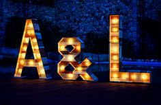 Decora tu boda con letras luminosas Marquee Lights, Wood, Painting, Home Decor, Art, Ideas, Channel Letters, Decorated Letters, Wedding Inspiration