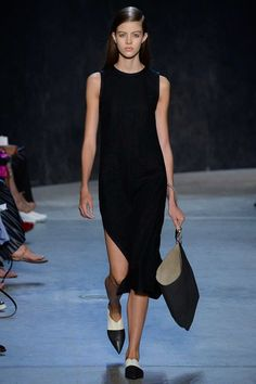 Narciso Rodriguez - Spring 2017 Ready-to-Wear Fashion Show NYFW