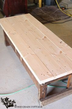 Outdoor Coffee Table Makeover - The Wood Grain Cottage