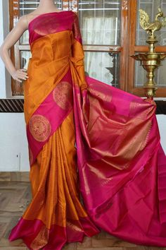 Roopam silks and saree Indian Silk Sarees, Soft Silk Sarees, Indian Beauty Saree, Kerala Saree, Simple Sarees, Trendy Sarees, Fancy Sarees, Bridal Silk Saree, Saree Wedding