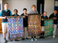 """Woven paintings collaboration between Sofia and year old students at Orakei School Sofia Minson on the experience: """"What a joy it has been to . Collaborative Art Projects For Kids, Group Art Projects, Art Auction Projects, Montessori Art, School Murals, Maori Art, Middle School Art, Preschool Art, Toddler Preschool"""