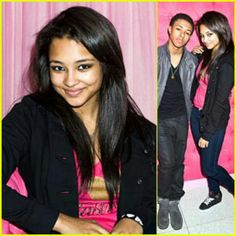 Jessica jarrel(pretty little liars)+diggy= cute