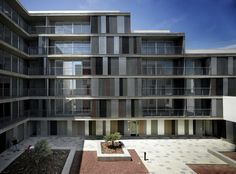 gabriel verd arquitectos - Project - 46 social dwellings for rent and stores