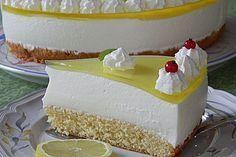 Einfache Zitronen – Joghurt – Torte Simple lemon yoghurt cake, a great recipe in the category pies. Ratings: Average: Ø Simple lemons – yoghurtSimple lemons – yoghurtYoghurt pie Lemon Desserts, Summer Desserts, Yogurt Recipes, Pie Recipes, Lemon Recipes, Vanilla Coffee Cake Recipe, Torte Au Chocolat, Lemon Yogurt Cake, Blueberry Cake