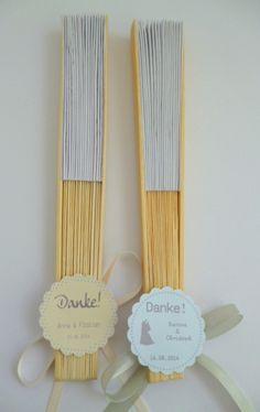 Gastgeschenke - Hochzeitsfächer, Papierfächer weiss, Gastgeschenk - ein Designerstück von Deko-und-Papier bei DaWanda