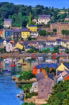 Colourful town of Kinsale, County Cork, Ireland. County Cork Ireland, Galway Ireland, Belfast Ireland, Ireland Map, Ireland Homes, Irish Landscape, Ireland Landscape, Ireland Vacation, Ireland Travel