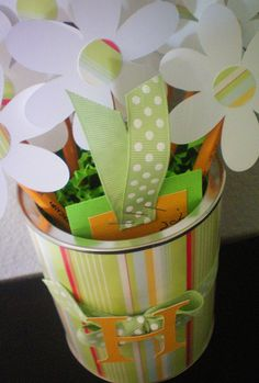 "Craft-O-Maniac: Teacher Appreciation Craft~ ""Thanks for helping me grow!"" Maybe add a gift card!!"