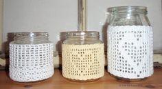 Lyhtyjä Crocheted Lanterns http://villavariksenmarja.blogspot.fi/2013/02/naita-nyt-tulee.html