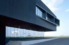 Produktionshalle für Camcopter, Schiebel AG, Wiener Neustadt, Österreich, project A01, 2004-2006