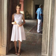Kelly Rutherford More Kelly Rutherford Style, New York Socialites, Gossip Girl, Her Style, Spring Summer Fashion, Casual Chic, Celebrity Style, White Dress, Style