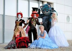 This Alice in Wonderland group costume is too good.