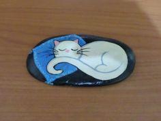 Princess+Cat+Feline+Sleeping+Animal+Hand+Painted+Collectable+Rock+Art+