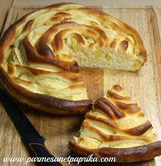 Parmesan et Paprika: Tarte Briochée aux Pommes