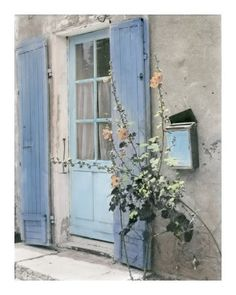 peri winkle Driftwood grey shingles with periwinkle blue shutters Old Doors, Windows And Doors, Blue Shutters, Periwinkle Blue, Dusty Blue, French Blue, Color Of The Year, Doorway, Mailbox