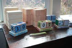 Christmas countdown blocks for a Christmas Pinterest Party #christmas #pinterest