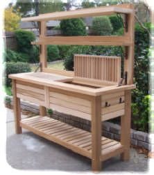 Potting bench ideas potting table with sink how to make a potting table potting bench plans . Potting Bench With Sink, Outdoor Potting Bench, Pallet Potting Bench, Potting Tables, Rustic Potting Benches, Garden Table, Garden Pots, Garden Work Benches, Garden Sheds