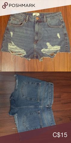 New jean short New jeans short Never worn Forever 21 Shorts Jean Shorts Forever 21, Short En Jean, Jeans, Jean Shorts, Best Deals, Closet, Things To Sell, Style, Fashion