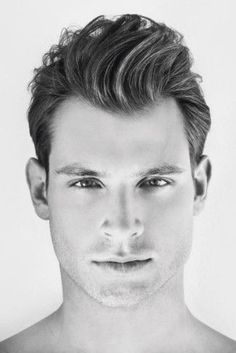 7 GREAT HAIRSTYLES FOR MEN WITH A WIDOWS PEAK