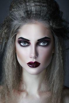 Maange 2018 Fashion Hot Women Halloween Stage Party Makeup Artistic Black Waves False Eyelashes High Quality Makeup Tools False Eyelashes