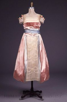 Evening Dress Date:c. 1917 Designer:Lucile (Lady Duff Gordon) Material:Silk/metal/cotton