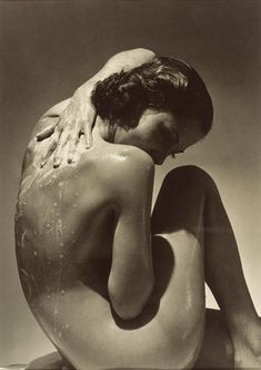 Dixie Ray for Woodbury Soap, 1935. Photo by Edward Steichen