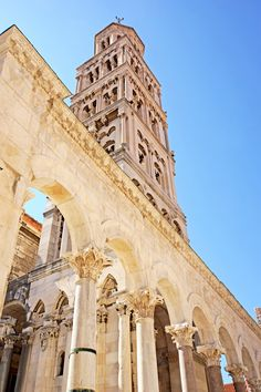 The bell tower of the Split's cathedral (photo by: Dennis Jarvis - Flickr)