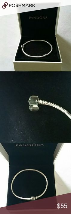 🍁Pandora Bracelet🍁 💯AUTHENTIC PANDORA BRACELET S 925 ALE. ✔BRAND NEW ✔NEVER USED ✔SIZE IS 7.9  🚫NO BOX 🚫NO TRADES 🚫NO LOWBALLS PLEASE. ✔I DO VIDEO AND TAKE PICTURES OF ALL ITEM'S BEFORE SHIPPING TO PROTECT MYSELF FROM PEOPLE WHO MAKE FALSE CLAIMS TO GET ITEM'S FOR FREE.😉🍁🌺🌻🍁 IF YOU WOULD LIKE THE PANDORA BOX IT'S AN EXTRA CHARGE. 🍁🌺🌻🌺🍁 Pandora Jewelry Bracelets