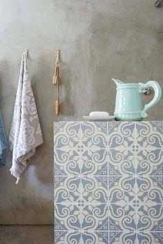 A veces la belleza más grande radica en las cosas más sencillas... Como este #baño, tan austero, tan sencillo, pero con un encanto realmente especial.