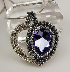 Heart Drops beaded pendant/ PDF file