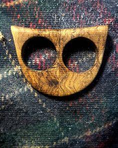 Anello doppio a forma di gufo stilizzato  #olive #carver #Ostuni #weareinpuglia #puglia #apulia #madeinpuglia #ring #madeinitaly #handmade #gufo #artigianale #handicraft #jewelry #crafting #owl #anello #leaf #wood #woods #woodworking #woodcraft #accessories #accessory #accesorios #accessori #moda #doublering #fashion #lulivochecanta