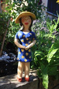Keramik - Blumenmädchen - ein Designerstück von Konform-art bei DaWanda
