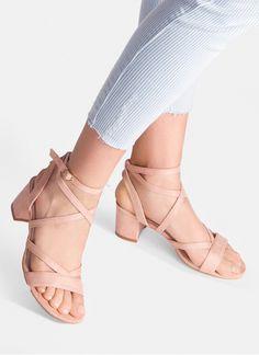 Różowe sandały na słupku Little Miss