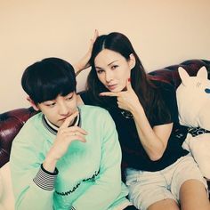 real__pcy 140702 Instagram Update: Playing a model game with Sora noona! #chic