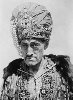 Sadakichi Hartmann as the Mongol Prince's court magician in The Thief of Bagdad, 1924. Courtesy of the Library of Congress Prints and Photographs Division