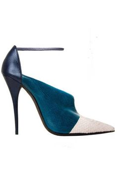 Fall and Winter Shoes: Narciso Rodriguez Tri-Tone Leather Pump