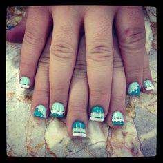 Aqua degradation cute nails