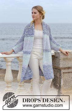 La Mare / DROPS - Knitted jacket with garter stitch, stripes, shawl collar, kimono sleeves and split in sides. Sizes S - XXXL. The piece is worked in DROPS Air and DROPS Brushed Alpaca Silk. Crochet Jacket Pattern, Crochet Poncho Patterns, Vest Pattern, Knitting Patterns Free, Free Knitting, Free Pattern, Sewing Patterns, Crochet Shawl Free, Crochet Vests