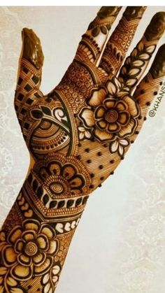Flowers Art Projects For Kids Draw Super Ideas - Flowers! Latest Bridal Mehndi Designs, Indian Henna Designs, Henna Art Designs, Mehndi Designs 2018, Mehndi Designs For Fingers, Wedding Mehndi Designs, Unique Mehndi Designs, Beautiful Mehndi Design, Wedding Henna