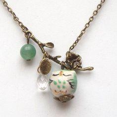 Owl Jewelry, Jewelry Crafts, Beaded Jewelry, Vintage Jewelry, Jewelry Accessories, Jewelry Necklaces, Handmade Jewelry, Beaded Necklace, Jewelry Design