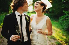 Laughing wedding photos - ©RYAN FLYNN PHOTOGRAPHY